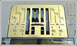 7-osaline materjalinihuti hammastik lihtsustab õhukeste ja venivate materjalide õmblemist.